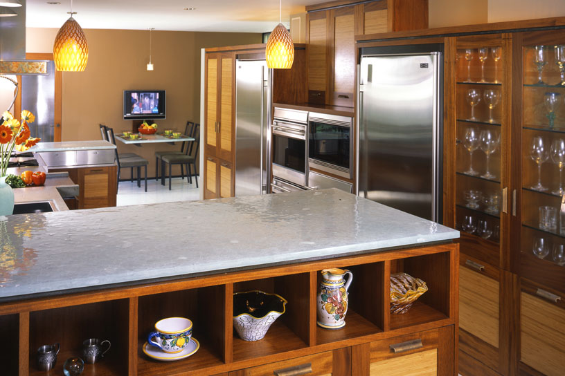 Full Spectrum Kitchen Island Oven Wall